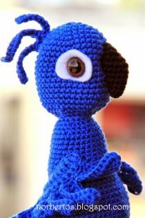 Crochet-parrot-BLU-3