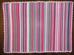 gehaakte deken roze beau 4
