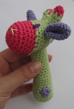 Zelf Maken Met Haakgaren Baby Rammelaar Giraffe Freubelweb
