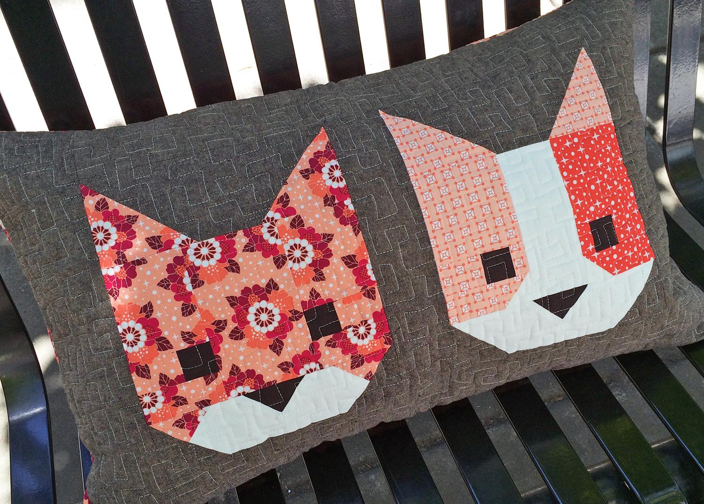 Zelf Kussen Maken : Zelf maken met stof katten kussen freubelweb freubelweb