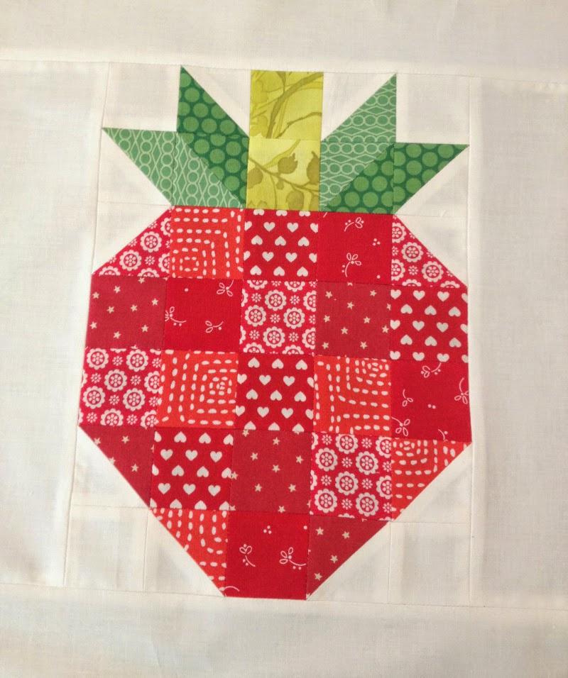 Zelf maken met stof aardbei freubelweb freubelweb for Quilt maken met naaimachine