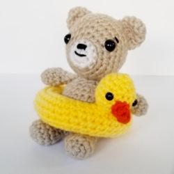 beer met zwemband