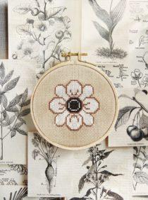bloem gratis borduurpatroon