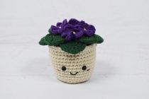 bloempot met viooltjes