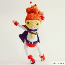 yarn superwoman